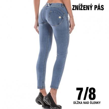 Dámská kolekcia - FREDDY – Push Up Jeans 7/8 (5LA1E-J4Y)