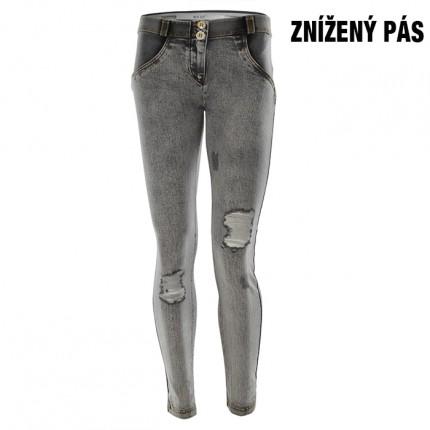 Dámska kolekcia - FREDDY - Push Up Jeans potrhané (1LJ13E-J3Y)