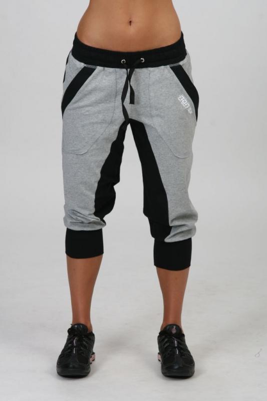 9f44640b1018 Dámská kolekcia - NDN - Dámske 3 4 pudlové nohavice APRYL (sivo-čierna