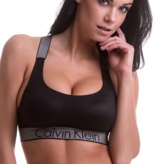 Calvin Klein - Športová podprsenka (čierna) QF4053E-001